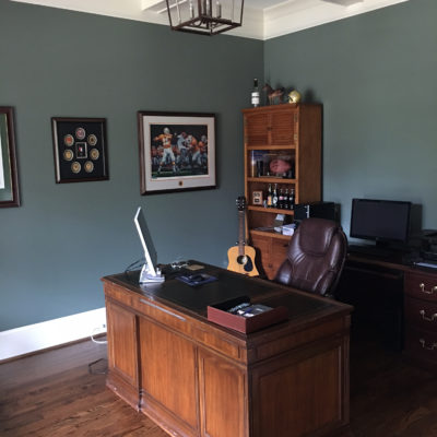 Retreat SW 6207 in home office