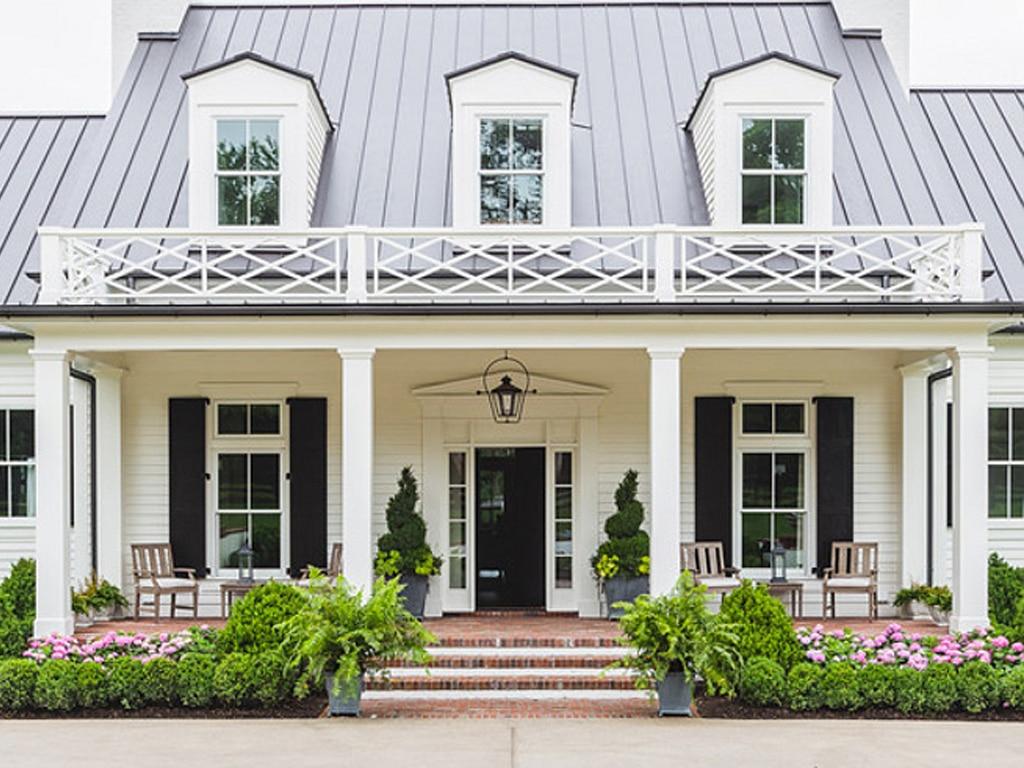 Greek Villa SW 7551 exterior of home