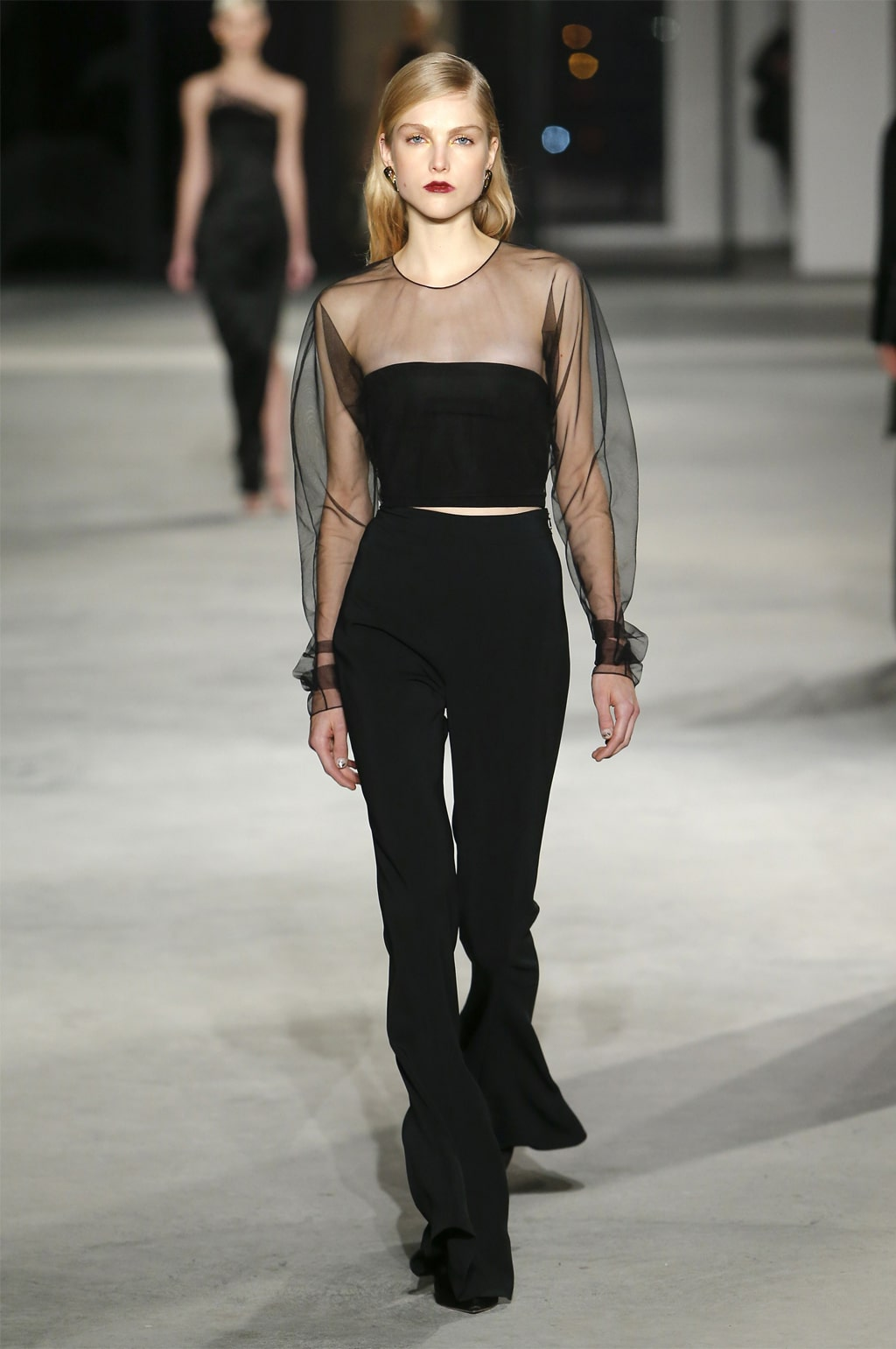 Black is back! Fashion sets the tone.