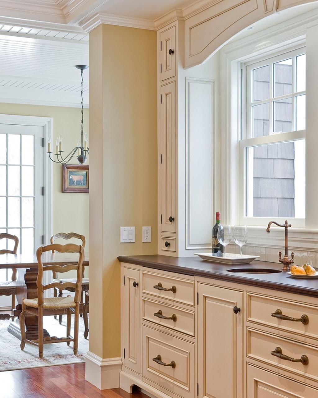 Antique White Sw 6119 On Kitchen Cabinets Rugh Design