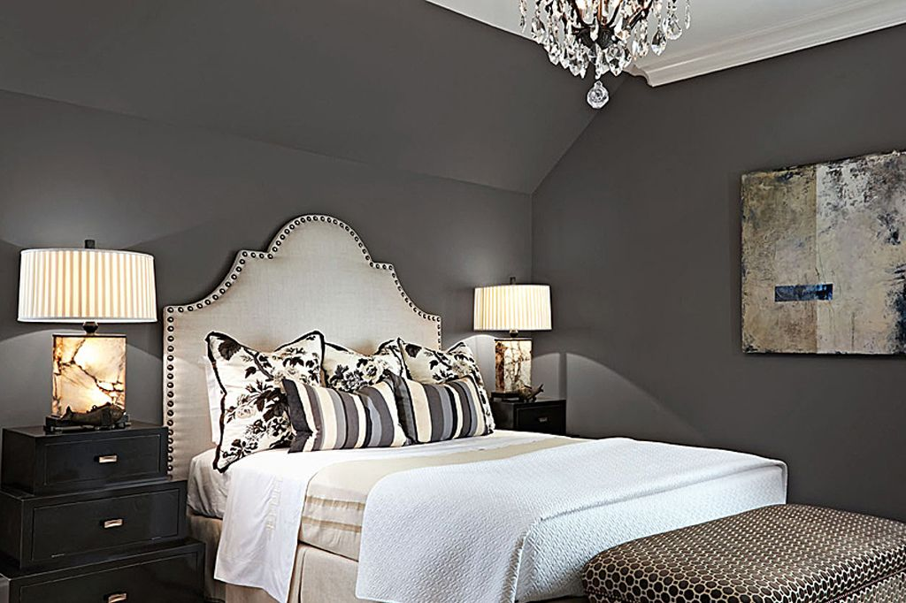 Master bedroom in Gauntlet Gray by Ralph Cadenhead via Traditional Home. Photo by Werner Straube.