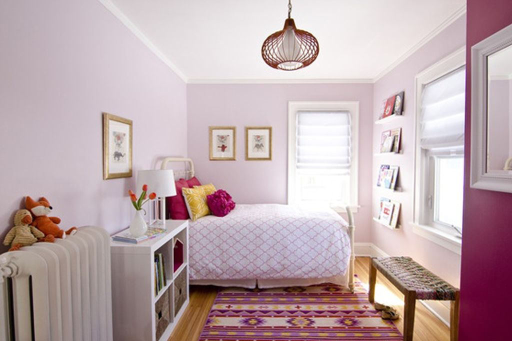 Accent wall in little girl's room by Curbly