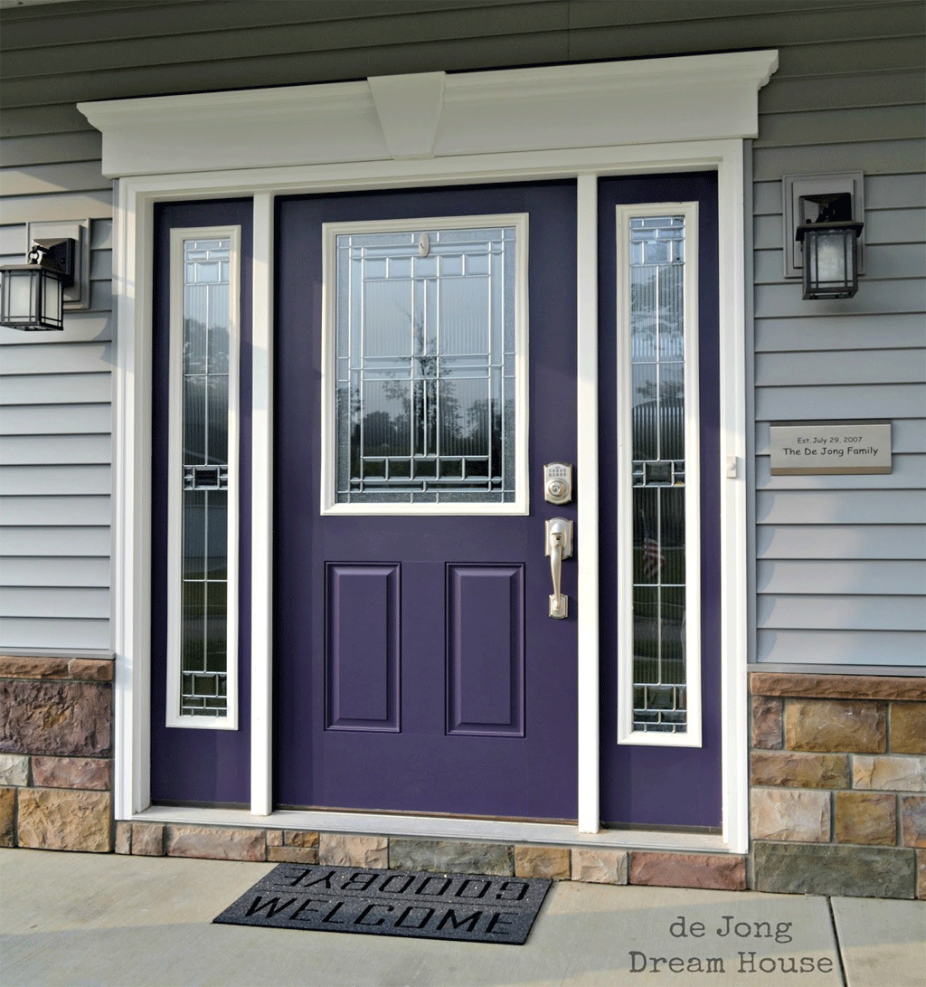 Quixotic Plum front door, a close match to African Violet from de Jong Dream House