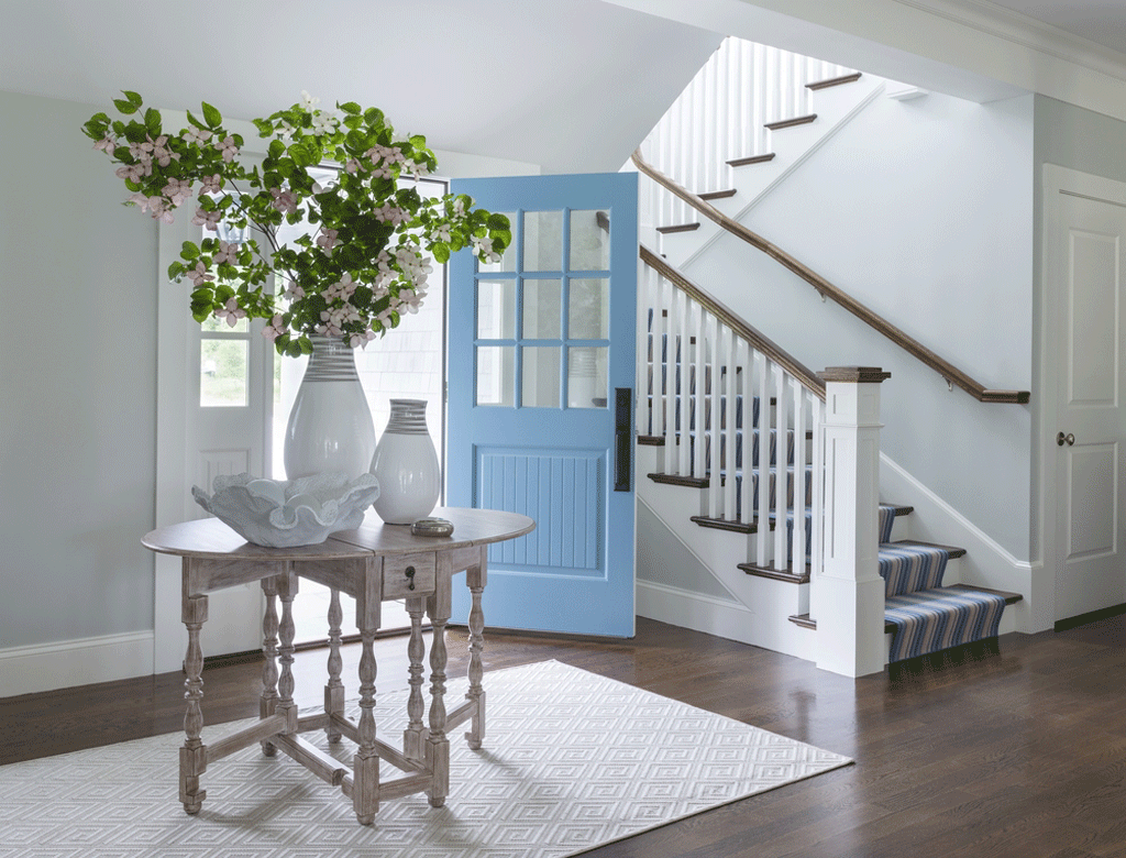Gray Owl in an Entry by DIGS Design Company